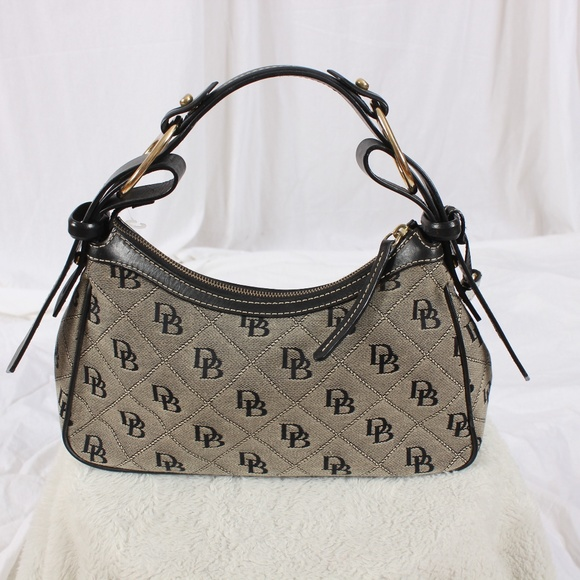 Dooney & Bourke Handbags - Dooney & Burke Purse